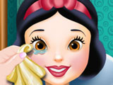 Snow White at the Oculist