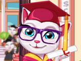 Кошка Анжела Получает Диплом